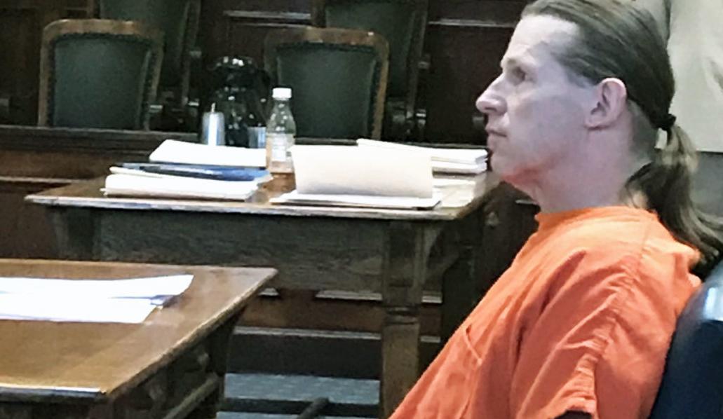Robert Wayne Hudson in court