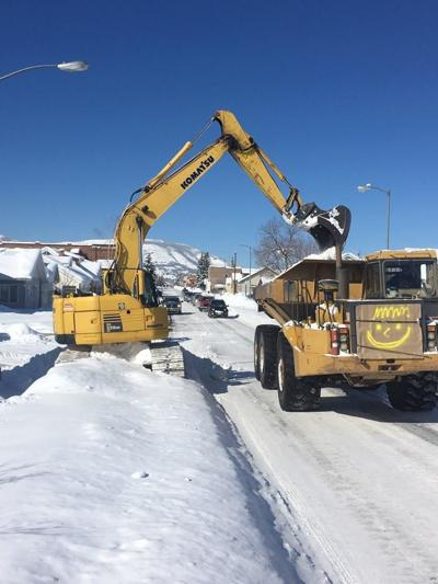 Anaconda-Deer Lodge County brings in larger trucks to remove snow