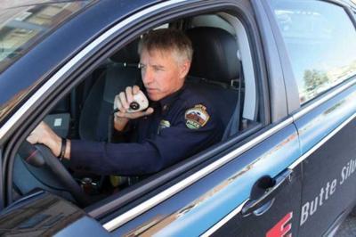 Dispatchers, police talk straight - Emergency responders