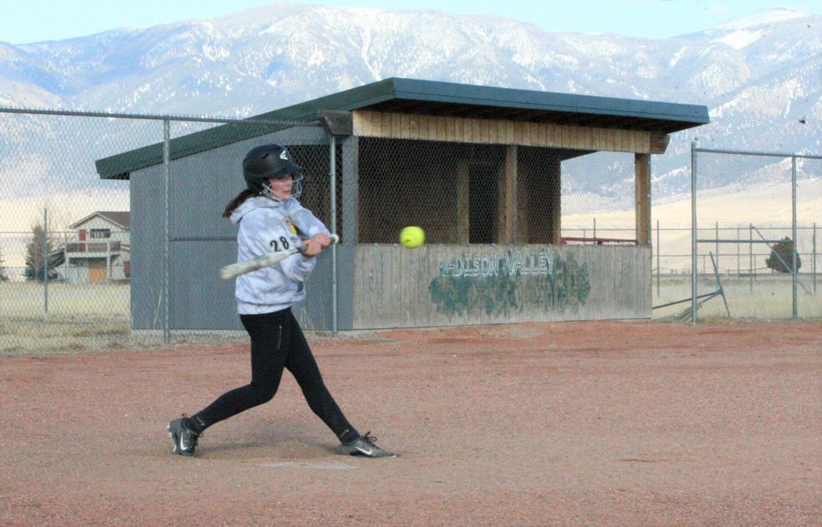 Ennis softball preview