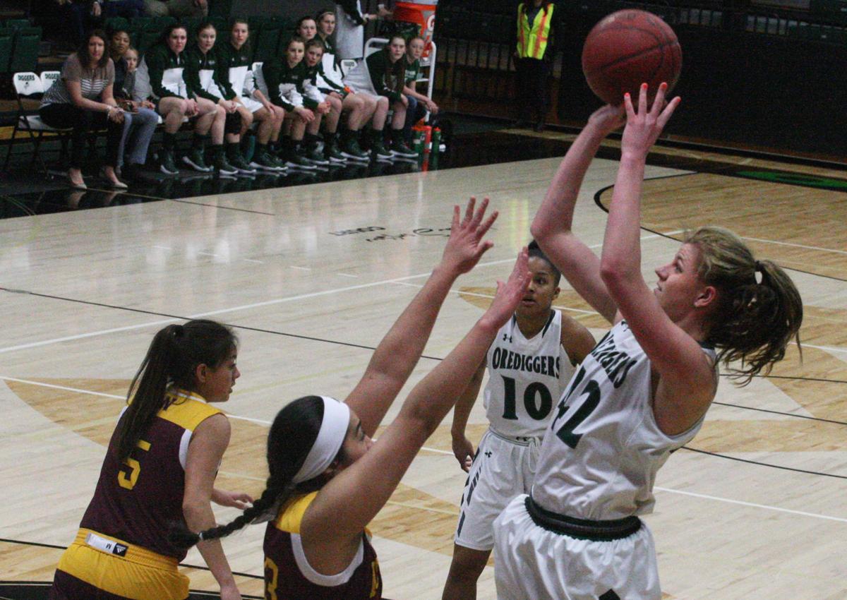 Shay Potter Montana Tech Basketball