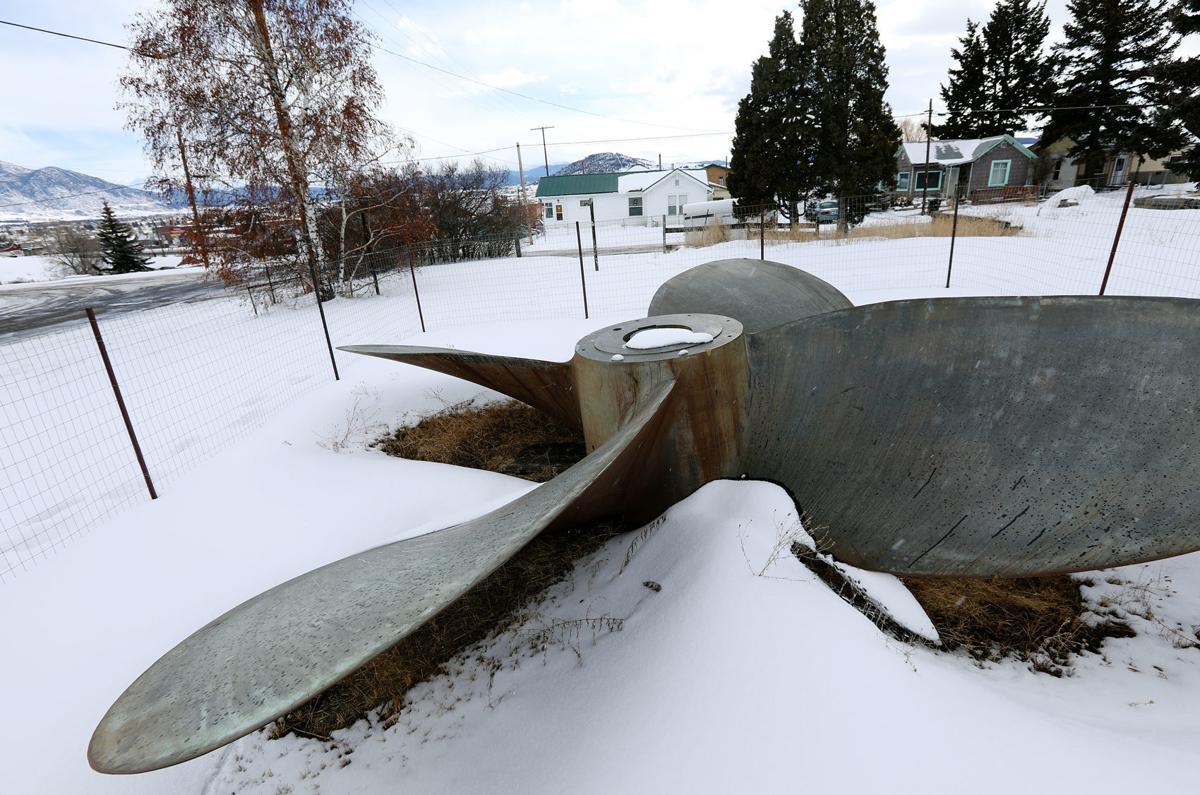 Mysterious propeller on South Washington Street in Butte