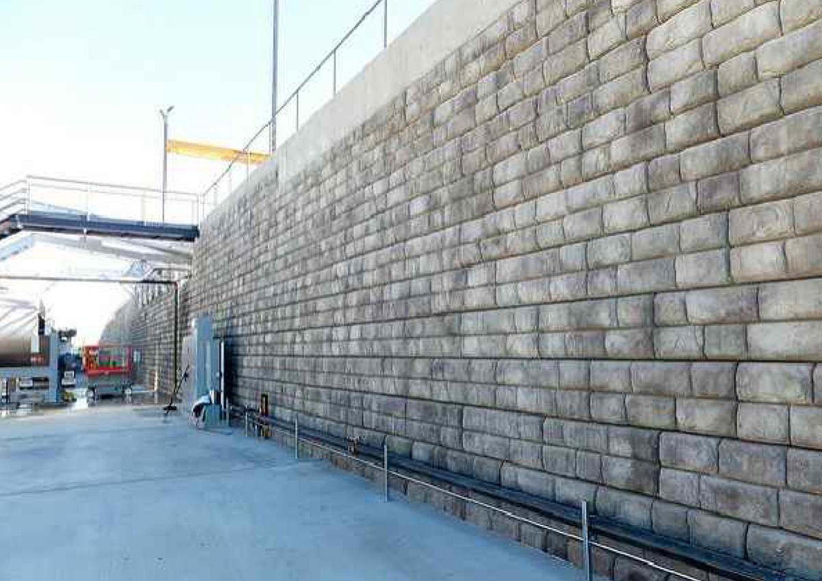 New retaining wall