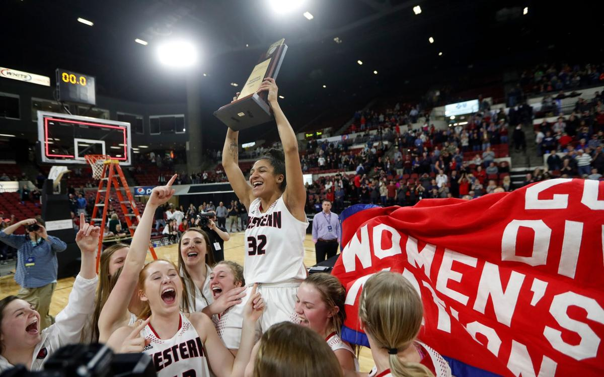 Montana Western takes on Oklahoma City in NAIA Championship