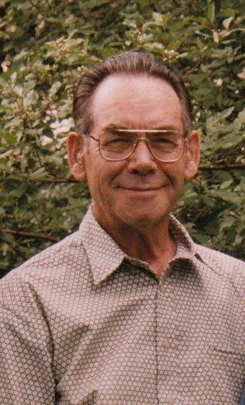 Robert John Helstrom, 90