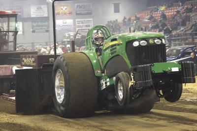 Outlaw Truck & Tractor Pull celebrates 40 years | Local News