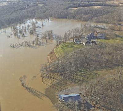 Aerial shot Clarks River north