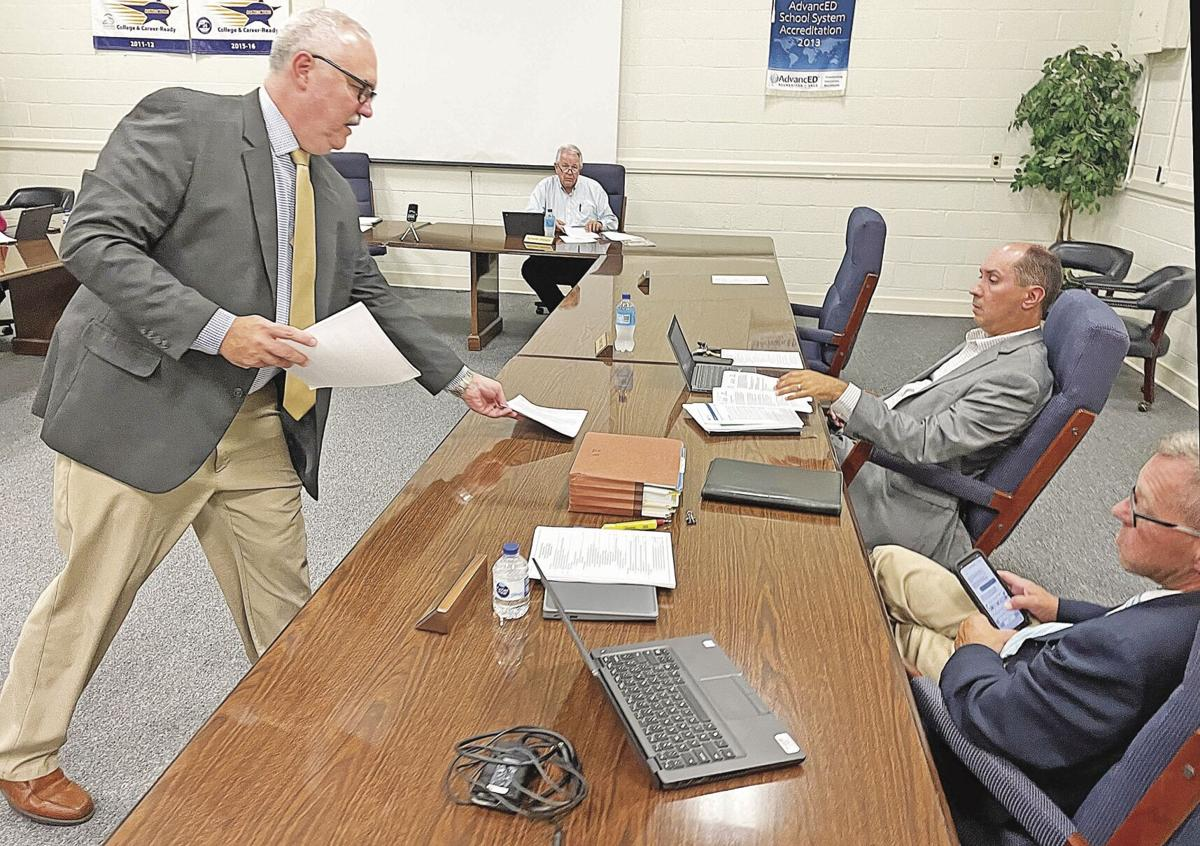Coy Samons hands out guidance