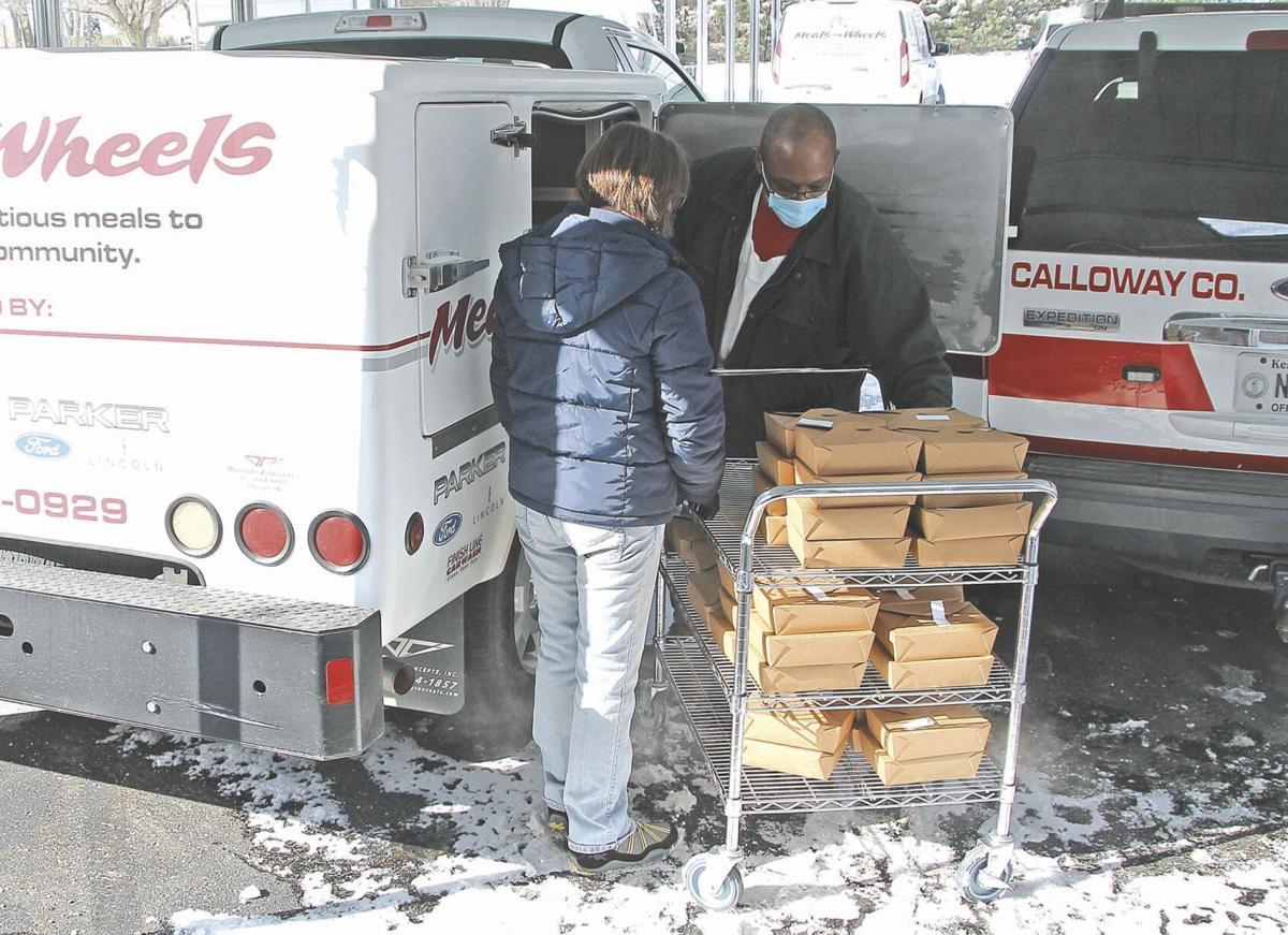 Meals on Wheels loading