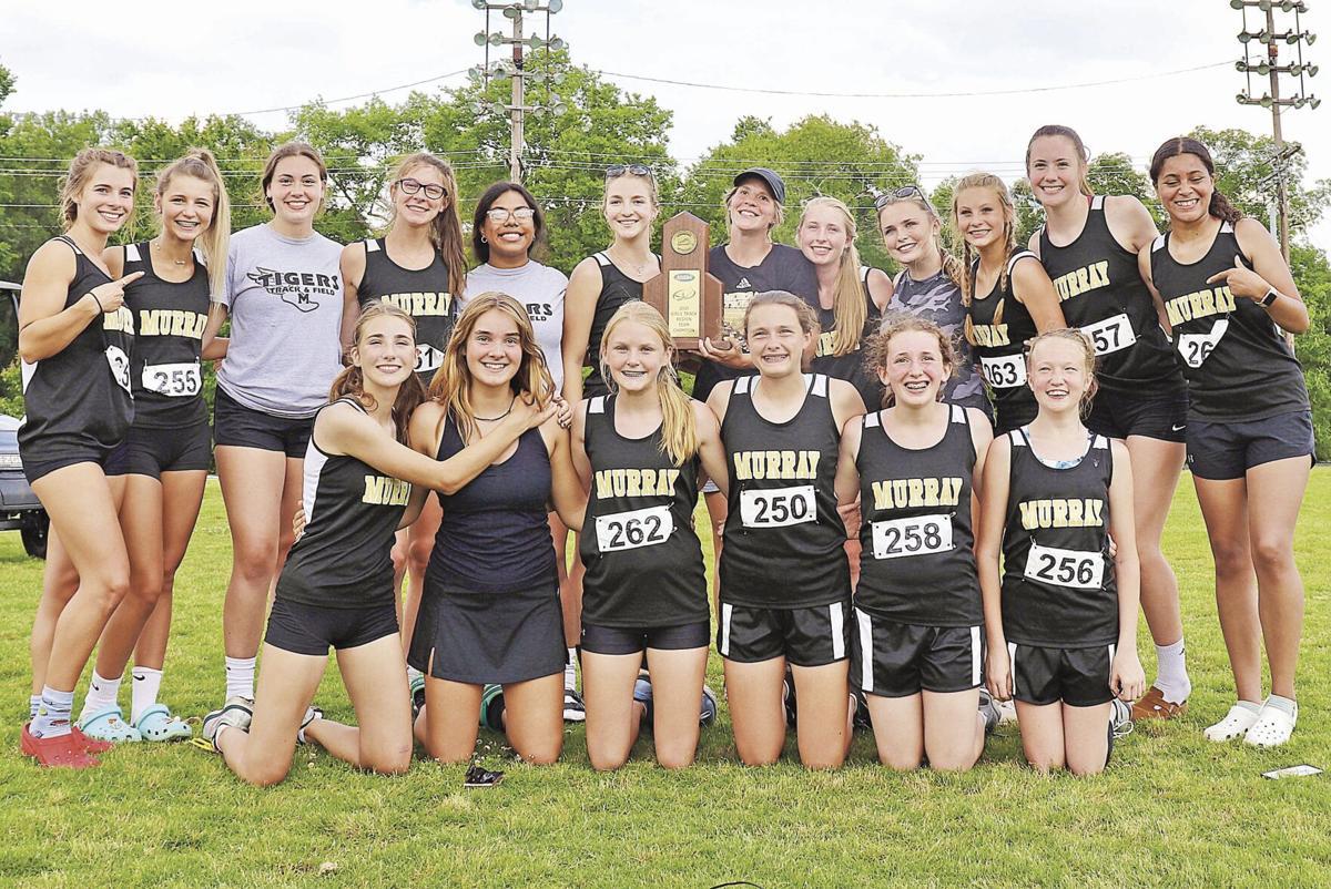 Murray High girls region track
