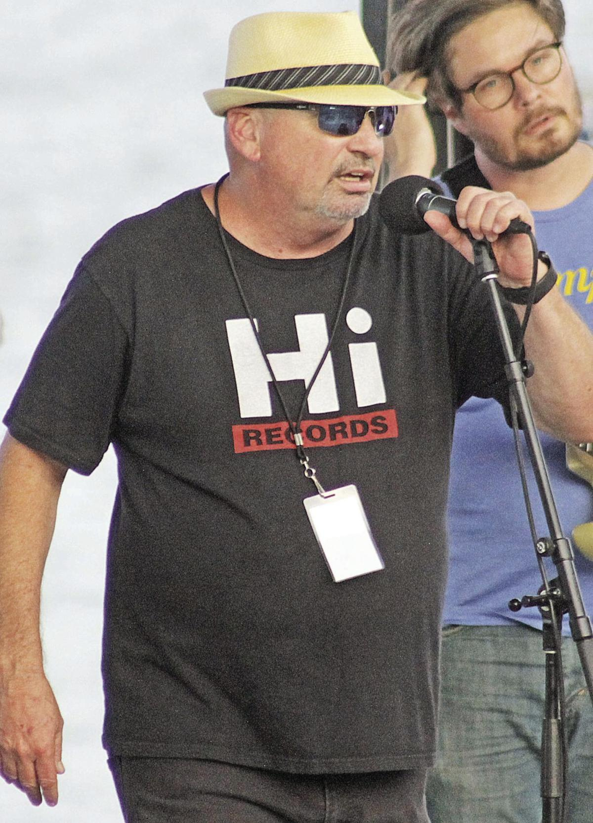 Hot August Blues Jetton at the mic