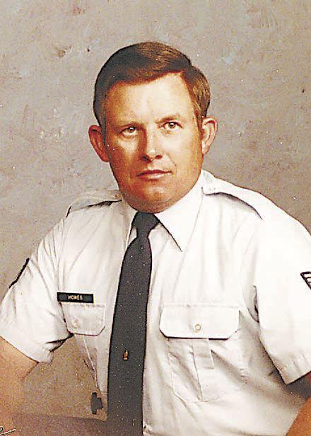 Carl R. Howes