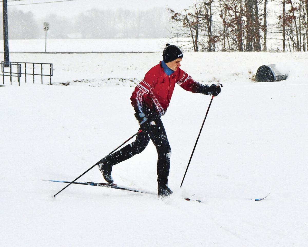 Luke skiing