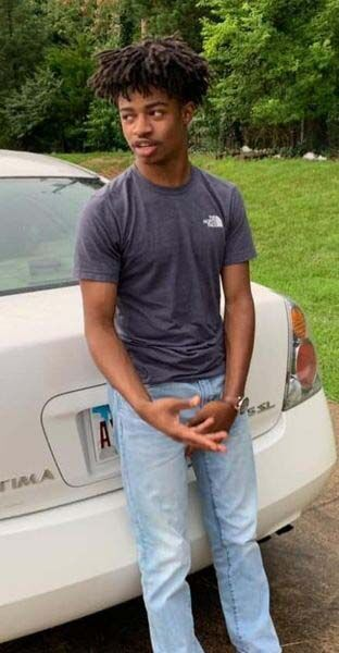 Paducah police seek Murray man for murder