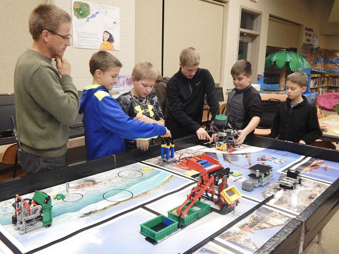 Grant Lego team