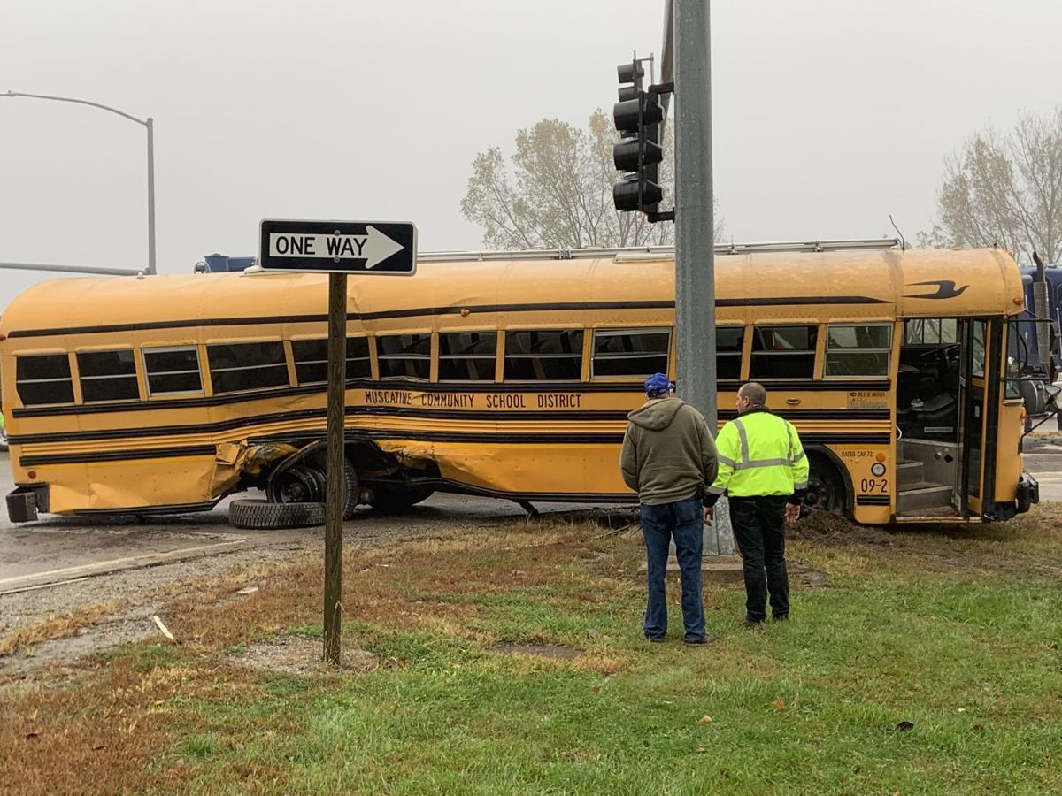 Bus crash on 61