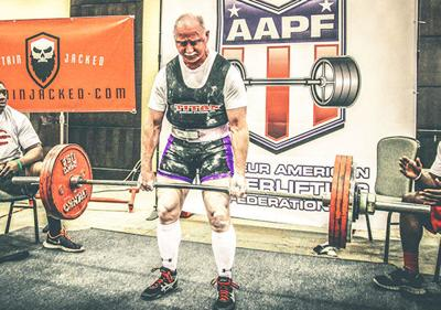 Muscatine lifter Petersen enters new age division, sets two
