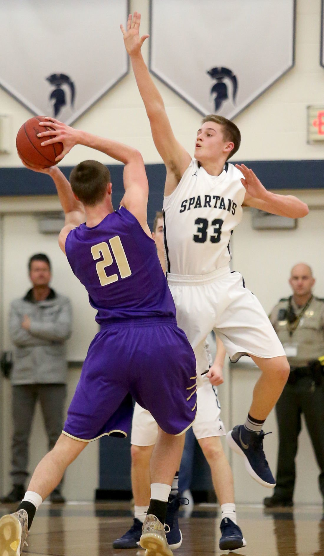 PV gets hot, Wieskamp goes cold in blowout loss for Muskies