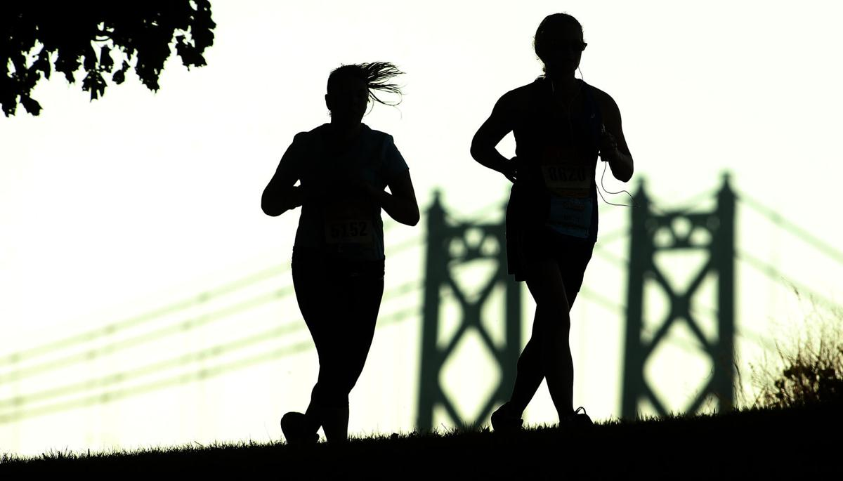 Outtakes: Quad-Cities Marathon