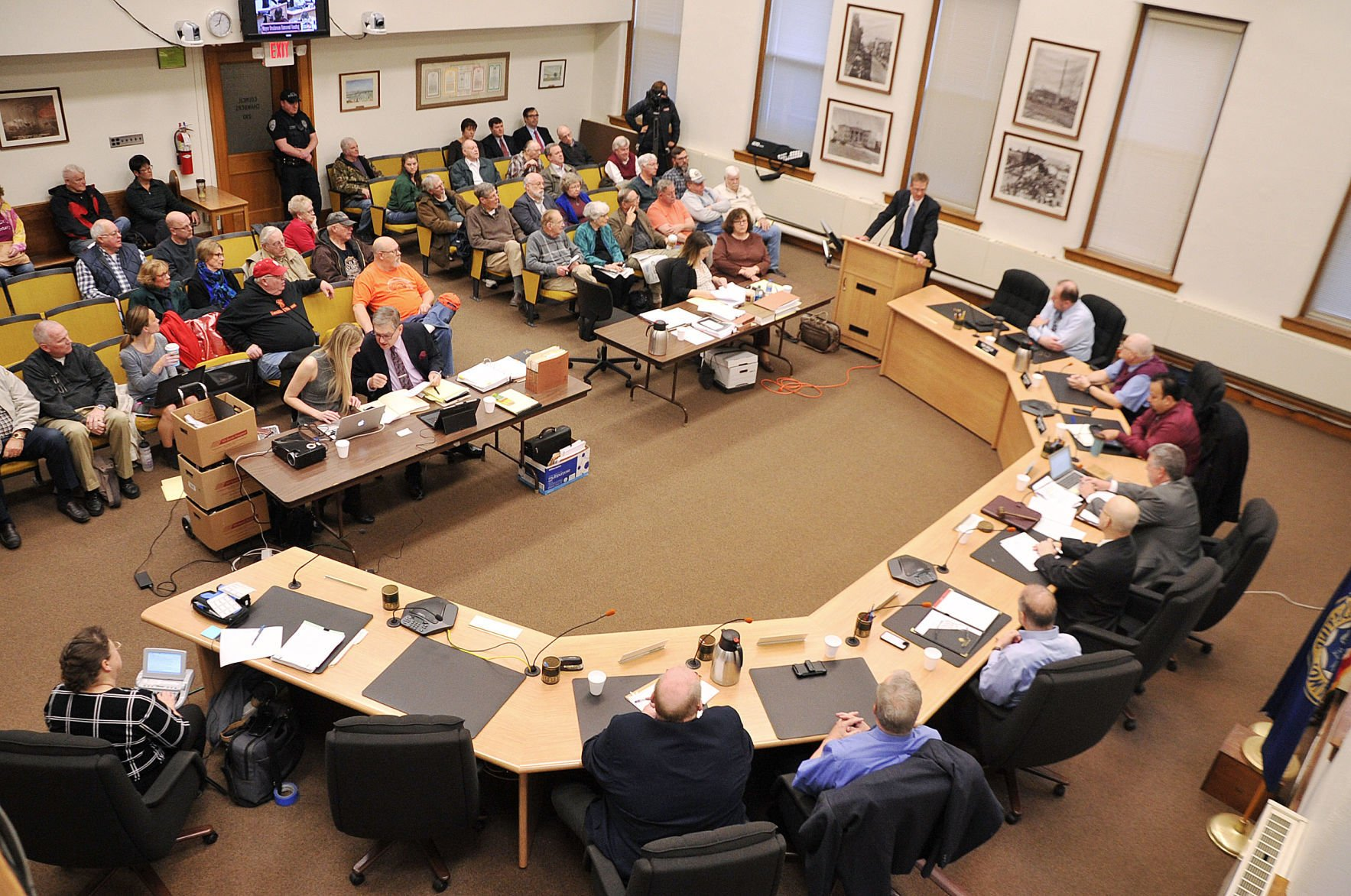 11 hour Muscatine mayor ouster hearing dismisses without