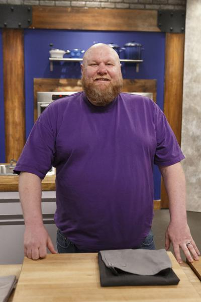 """Johannes """"Yo"""" Phelps competes on Food Network show"""