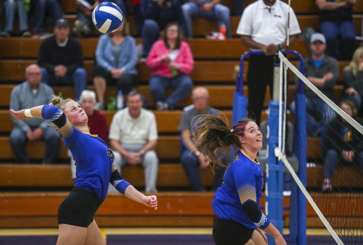 102218-Regional-Volleyball-001