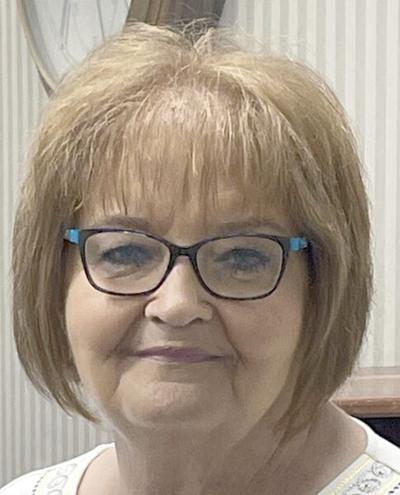 Longtime BancFirst teller to retire