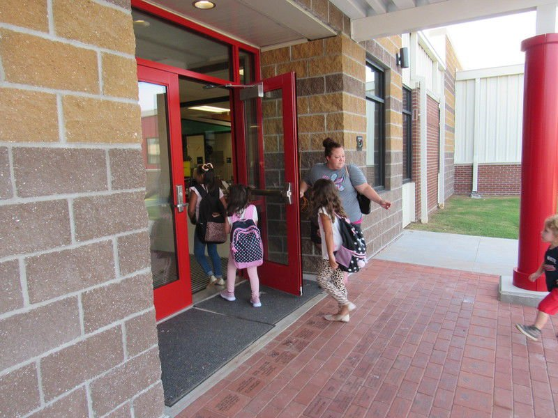 Hilldale Elementary now has one name, one entry