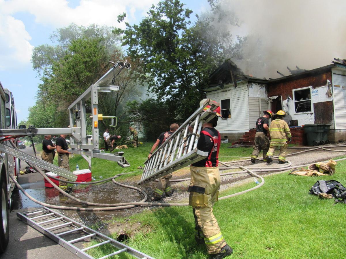 women escape house fire 1