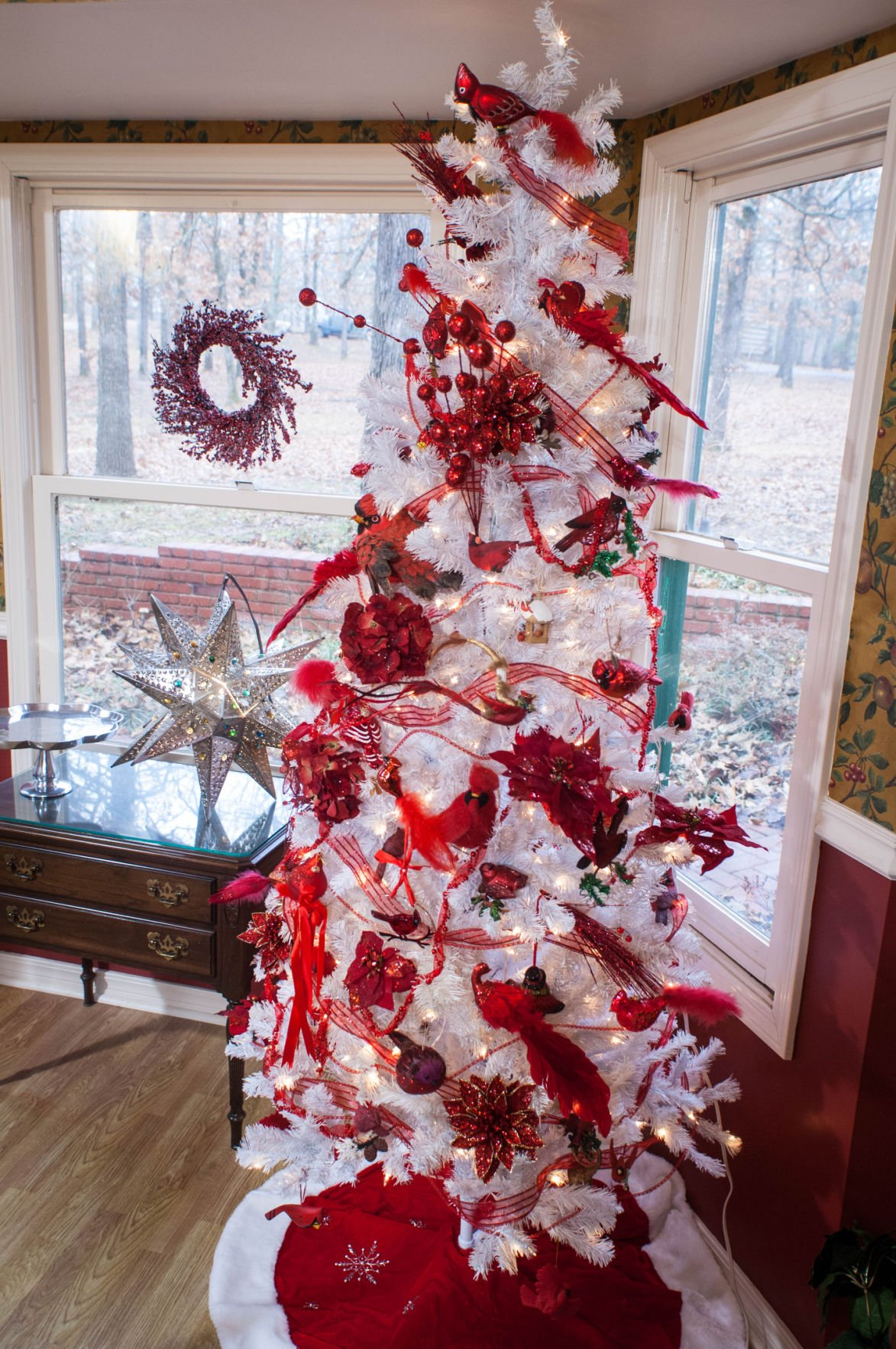 white cardinal tree - Red Cardinal Christmas Decorations
