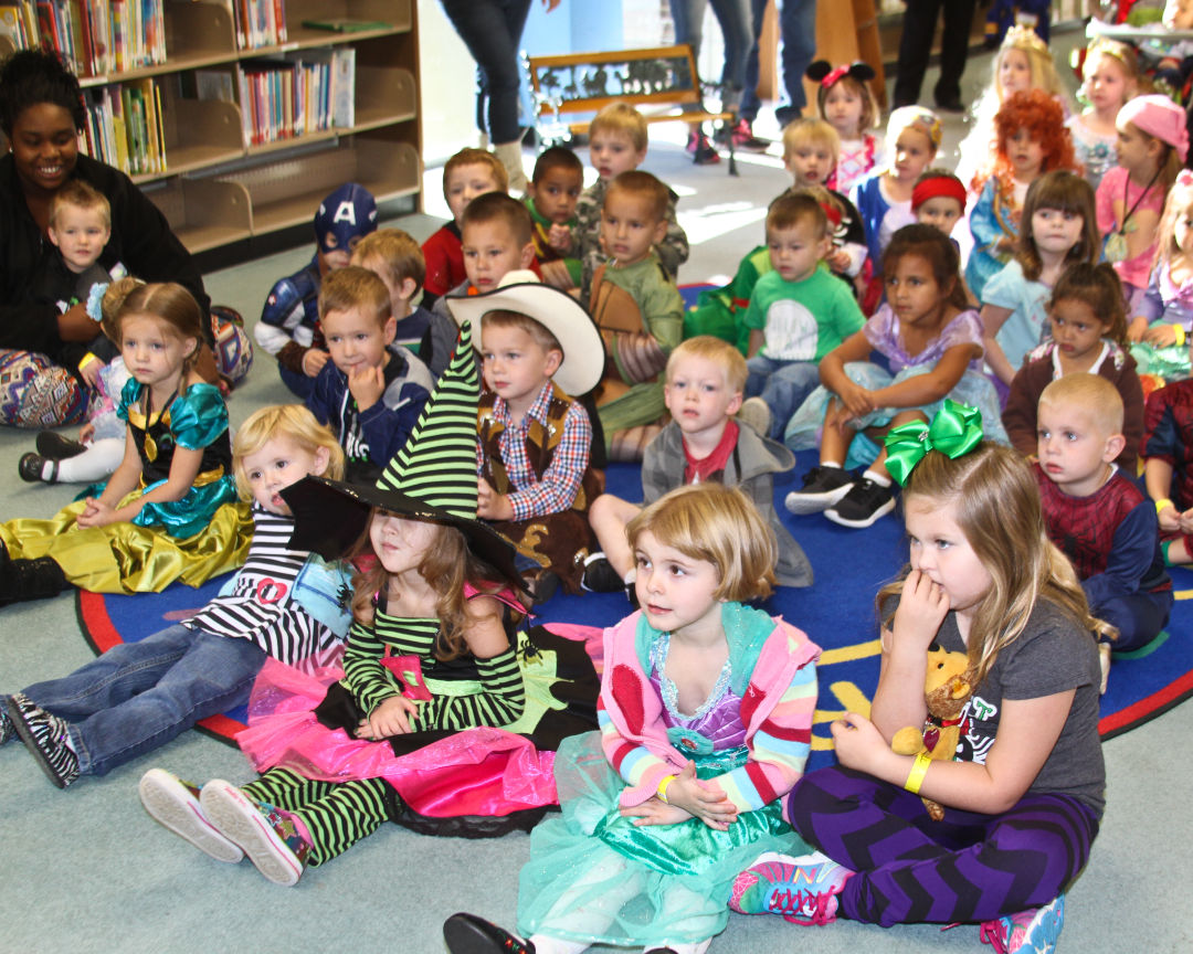 Storytime Stars Fall Costume Contest