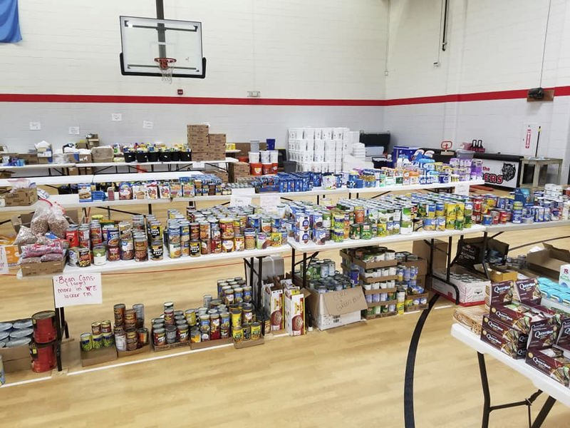 Allstate agency owners give back