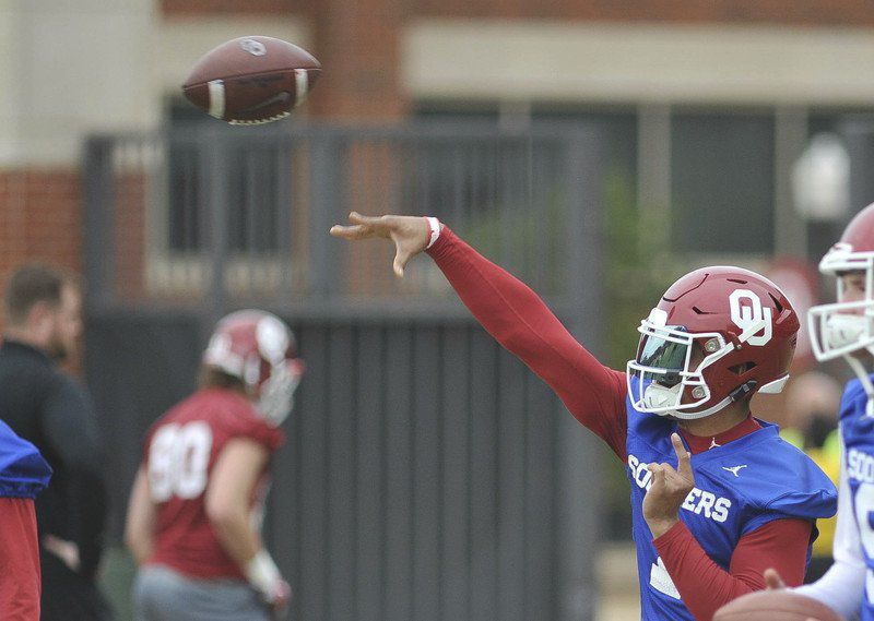 OU football: CeeDeeLamb, Jalen Hurts poised to become Oklahoma's next big pass-catch combo