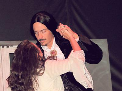 MLT production of 'Dracula' to be scary, sensual
