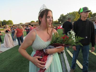 Fort Gibson High School royalty overwhelmed by flowers