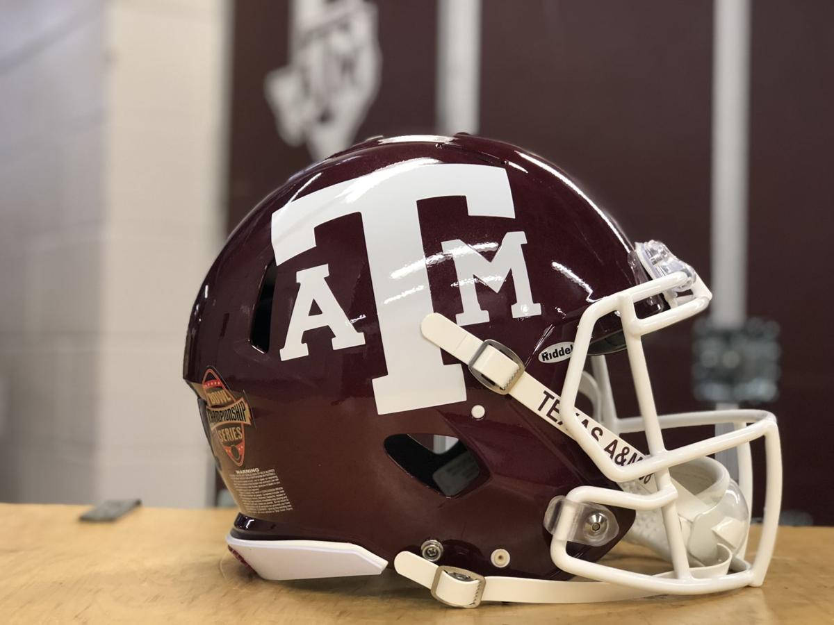 Take A Closer Look At Texas A M S 1998 Throwback Uniforms Aggie Sports Myaggienation Com