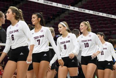 Aggie volleyball start