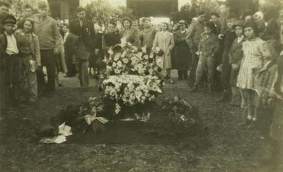 Reveille I burial