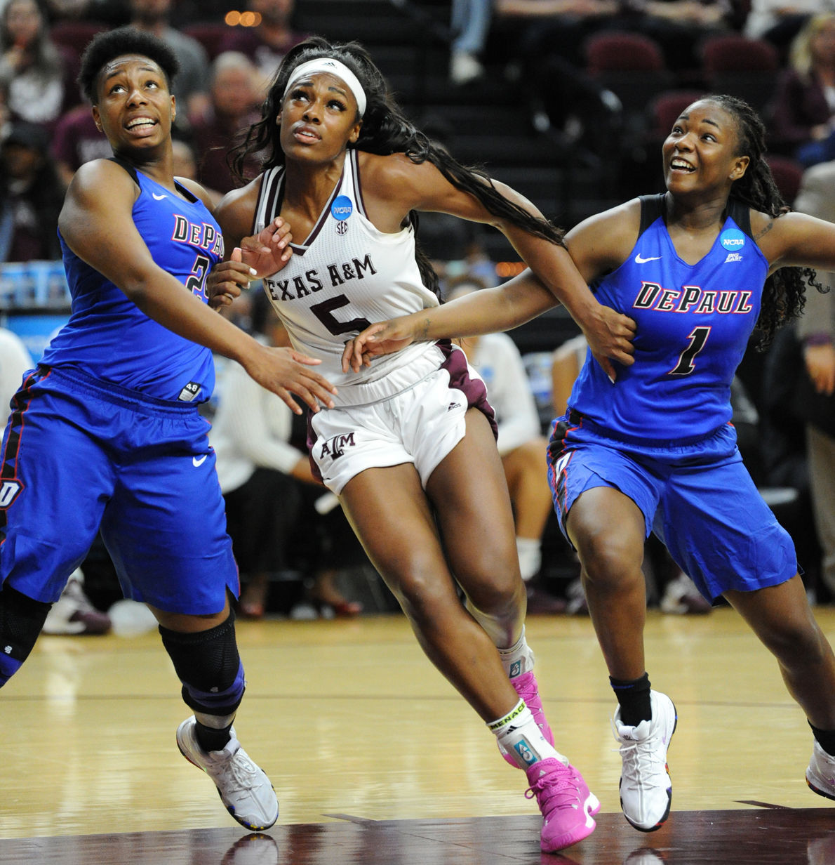 Brown Howard S Tenacity On Glass Helps Aggie Women Rally