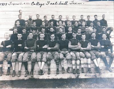 1913 team pic