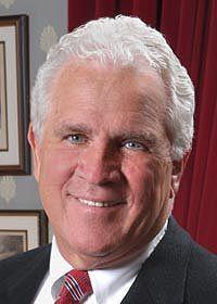 Hogan announces $1 million for WC endowment honoring Mike Miller