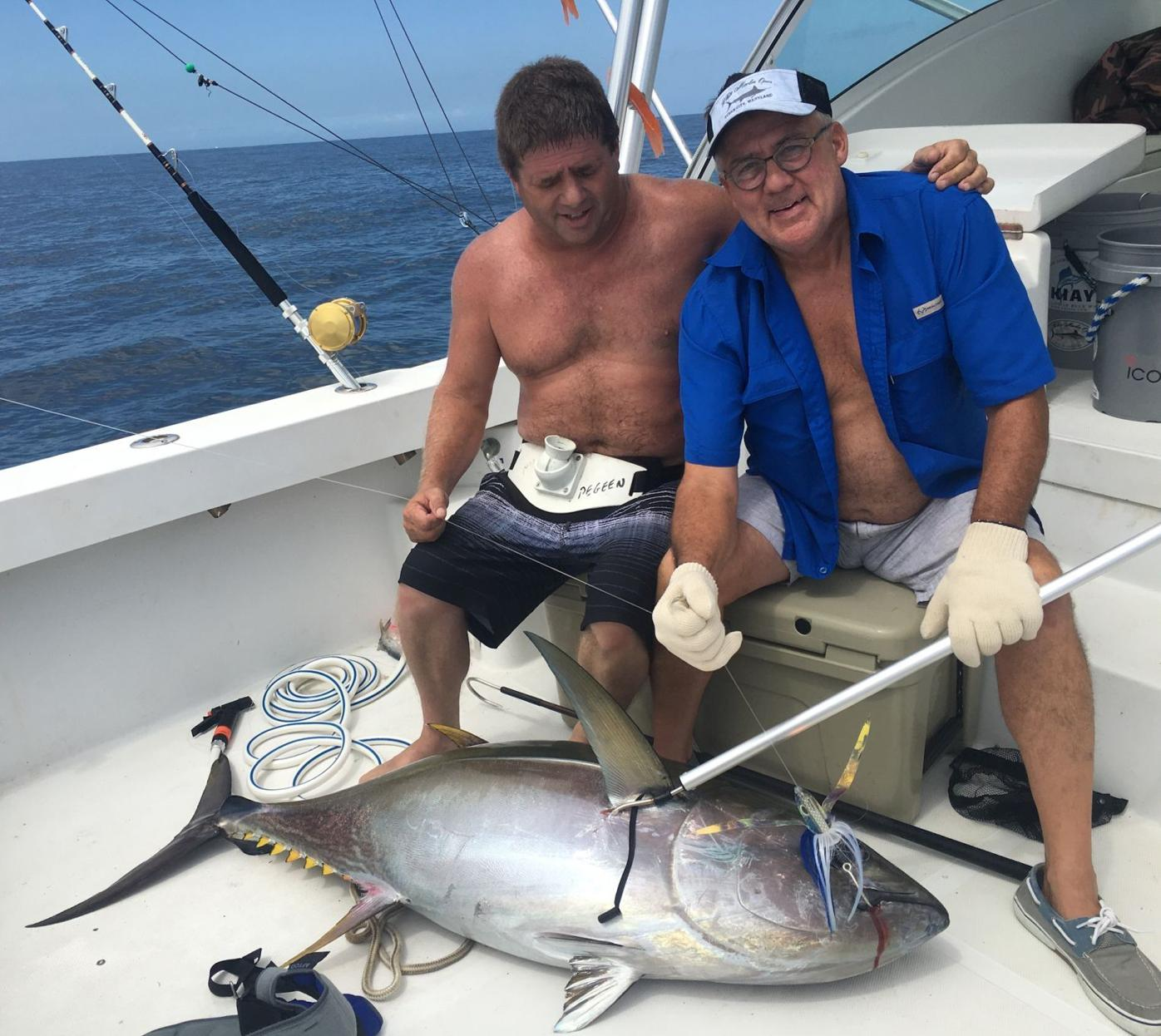 Whirley and Collins with top tuna on the Sentient