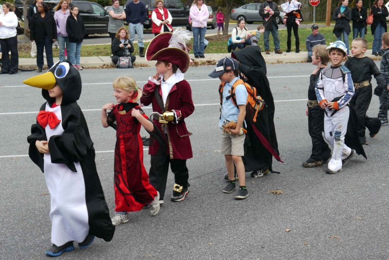 Centreville Elementary School holds Halloween Parade | Featured ...