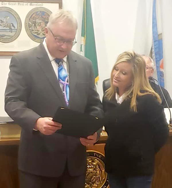 Bobbi Jo Bell recognized for 10 years of service
