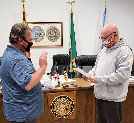 Hurlock Commissioner sworn in