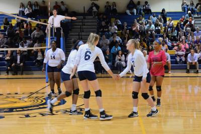 Kent exists early in region volleyball tournament