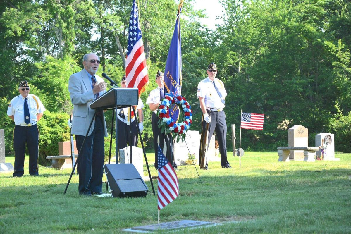 Cotton, Gilchrest reflect on time in the service
