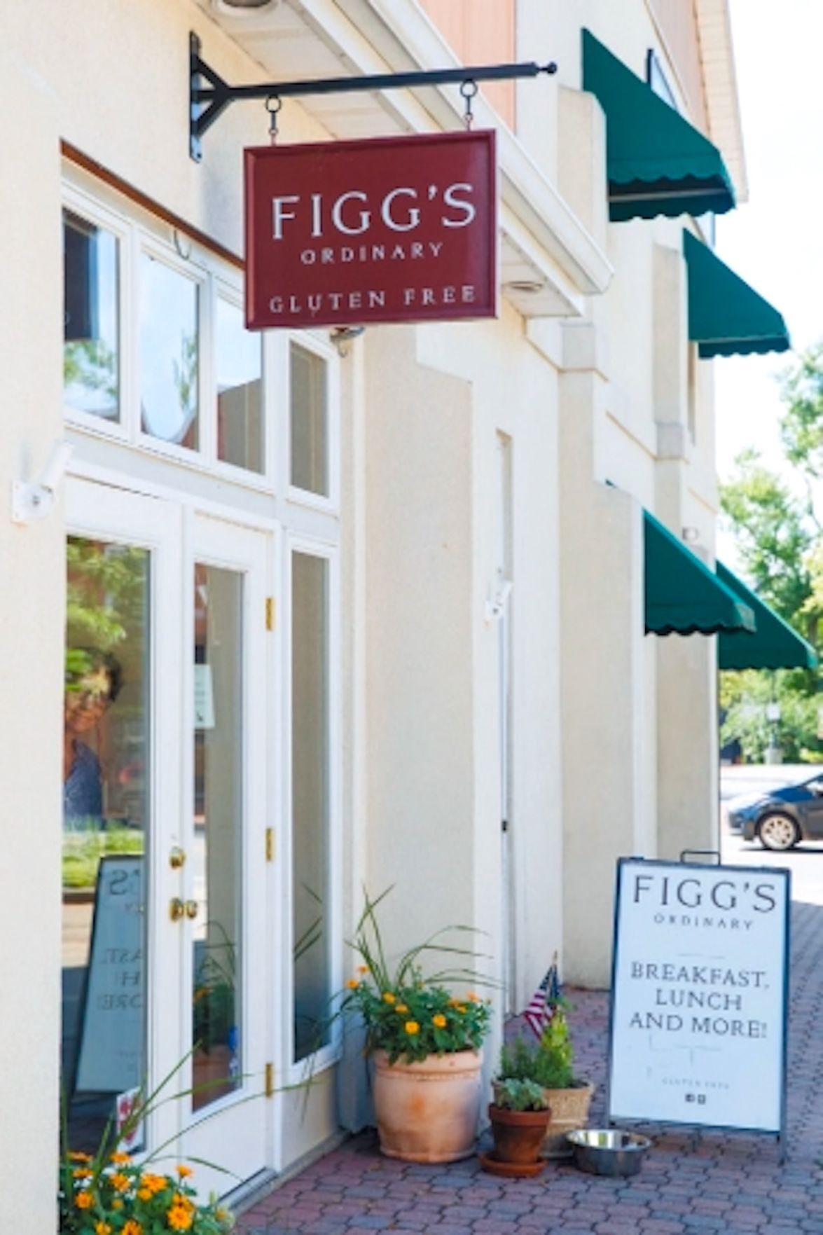 Figg's Ordinary earns national 'HartBeat of Main Street' grant