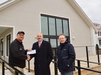 Chesapeake Bank and Trust donates $5K to Chestertown Marina