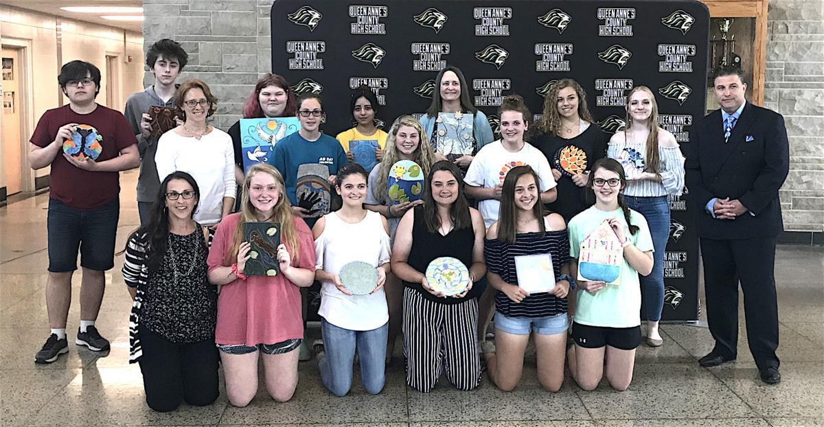 Students create art for Haven Ministries
